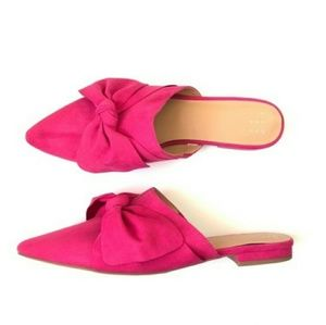 Shoes - hot pink mules